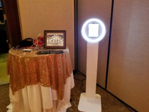 Photobooth, dj services, photobooth services, wedding dj, wedding photobooth
